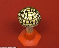科学家发明仿生蘑菇电灯 3D打印细菌光合作用功能