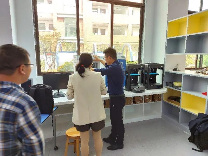 创想三维助力金华浦江县龙峰国际学校完成创科教育的创新与变革